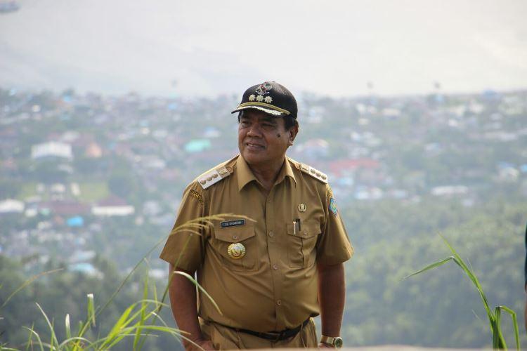 Bupati Kabupaten Kepulauan Sangihe, Jabes Ezar Gaghana SE,ME Kunjungi Puncak Panenteng
