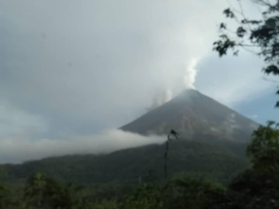 Status Gunung Api Karangetang menjadi level III Siaga pada 20 desember 2018