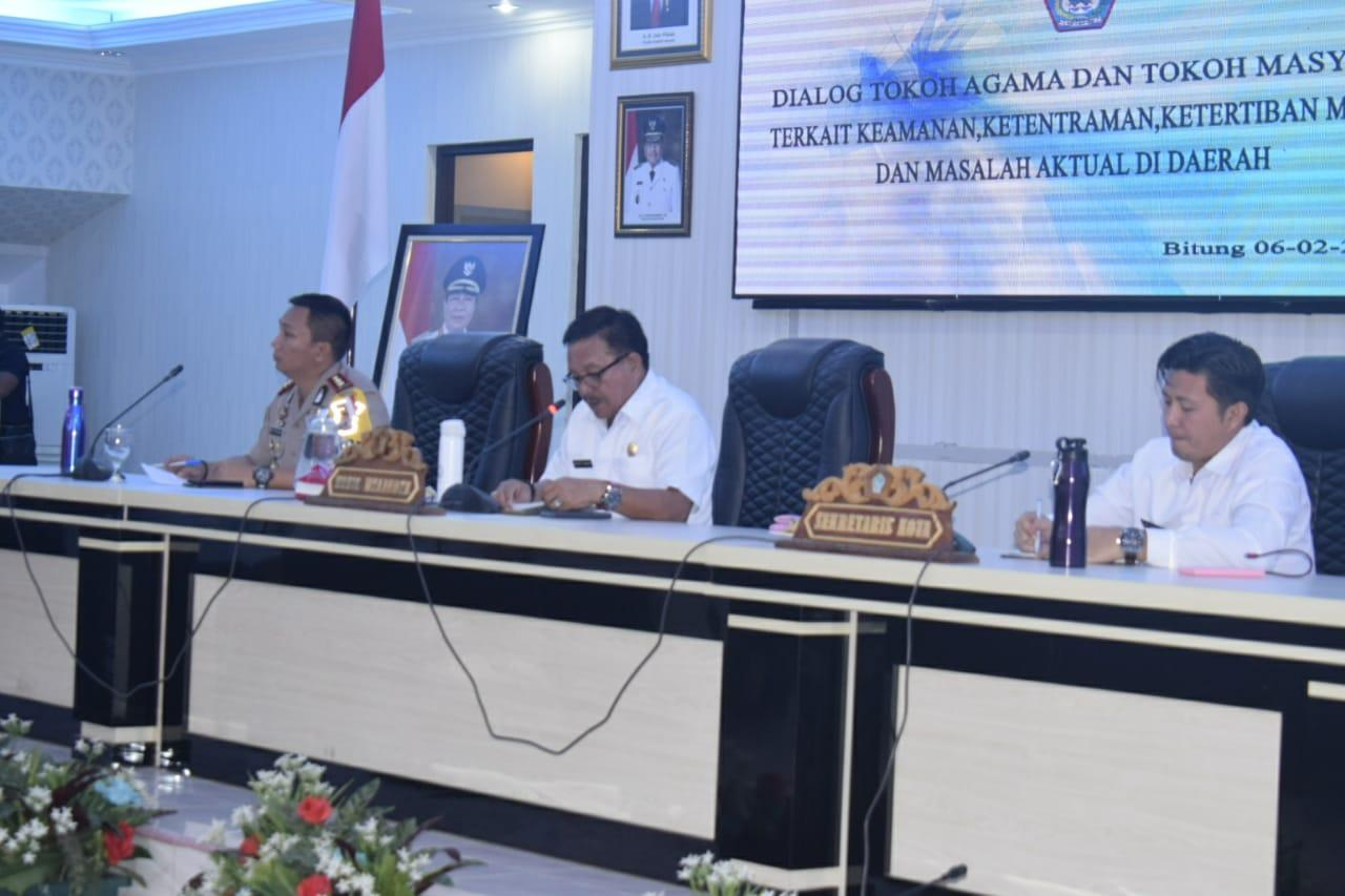 Wakil Wali Kota Bitung, Maurits Mantiri