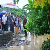 Bupati Depri Meninjau Beberapa Titiki Lokasi Banjir