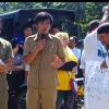 Warga Desa Tanamon Demo Hukum Tua di DPMD Minsel.