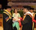 """Wabup Dondokambey Terima Penghargaan Tridharma PT dan Gelar Doctor dari STT """"IKAT"""""""