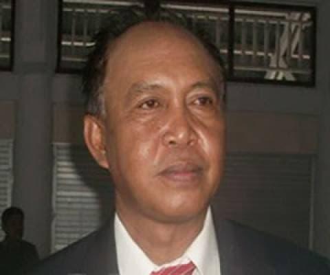 Kepala Dinas Lingkungan Hidup Sangihe, Drs Ch Hangau